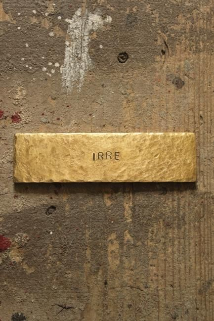 Brass Plate #53 - IRRE                                                                                                                                                                                 もっと見る