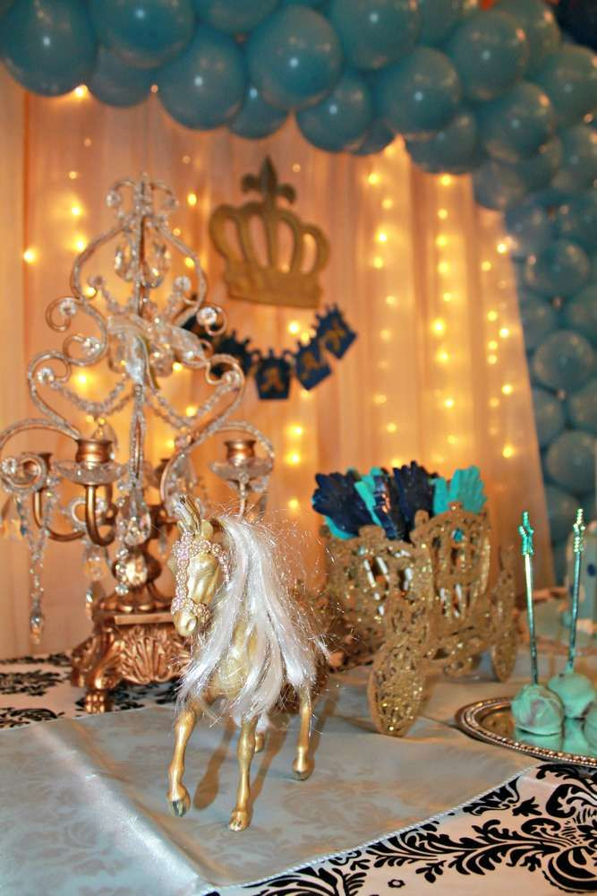 Royal prince birthday party ideas boy birthday party for Dekoration fur babyparty