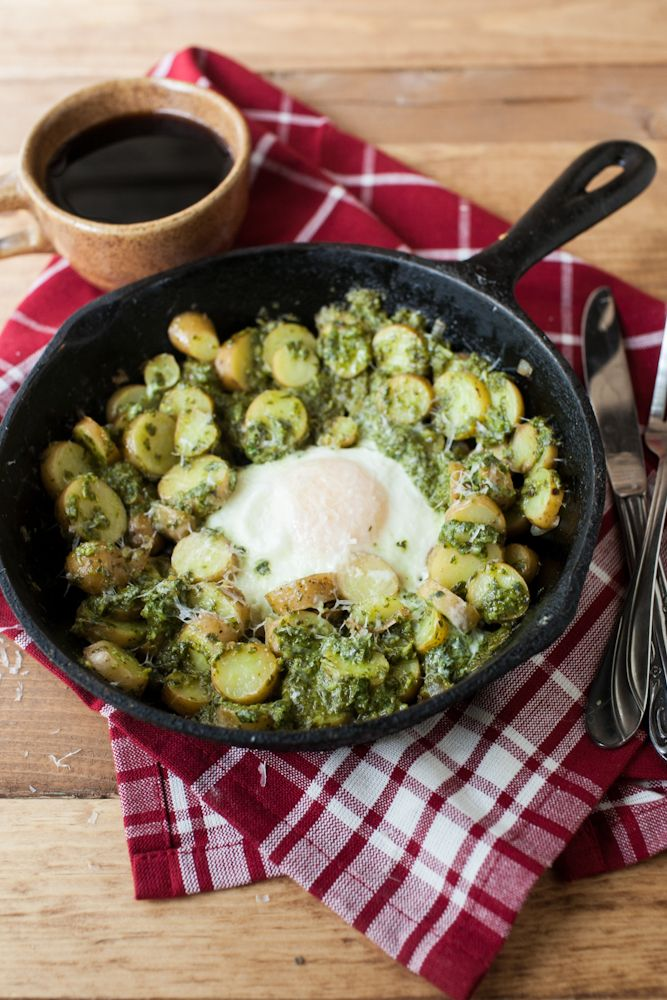 Pesto Potato Skillet- with bacon or breakfast sausage would be tasty ...