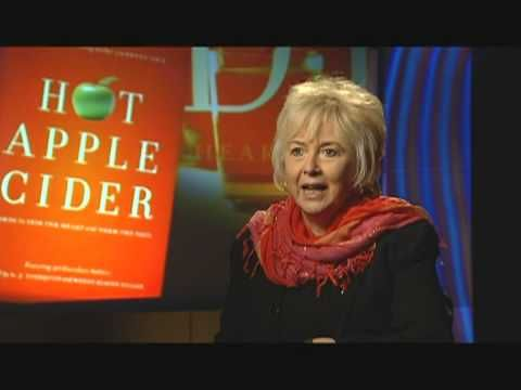 """Diane Robin Lee, Contributing Author to Hot Apple Cider - """"The Joys and Surprises of Giving"""""""