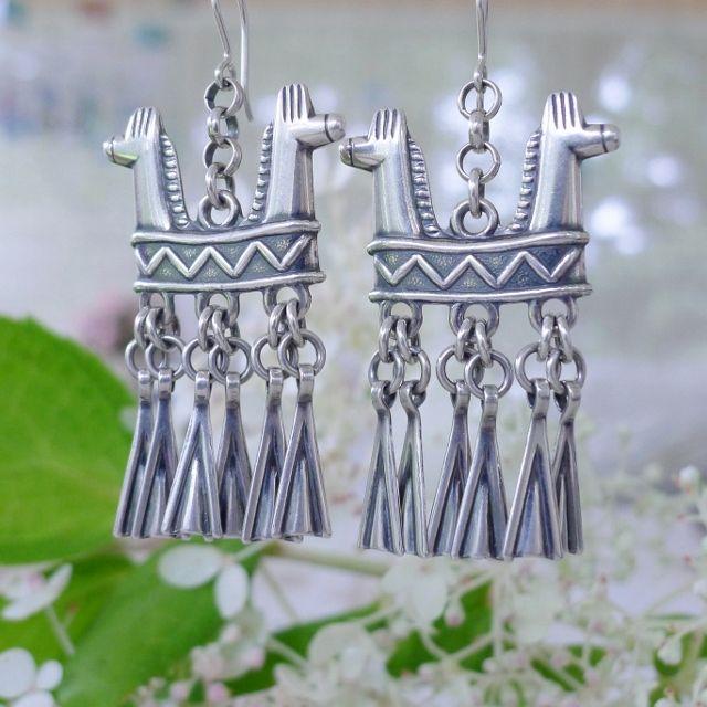Kaksipäinen hevonen -korvakorut hopeaa