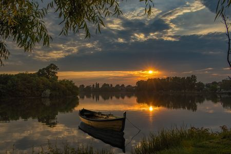 Chill sunset. Photo by Marius Olbosan — National Geographic Your Shot