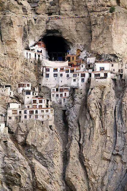 Moutain houses, Tibet