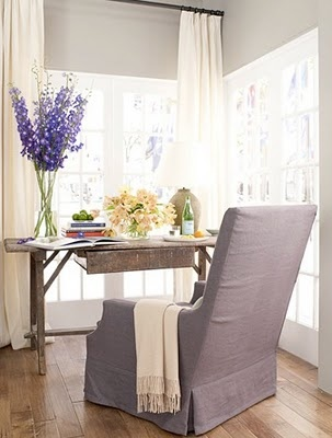 Love this home office desk & chair & the beautiful windows bringing in the light