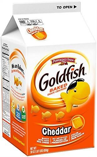 Pepperidge Farm Goldfish Crackers Cheddar 30 Ounce (Pack of 6) 30 Ounce (Pack of 6)