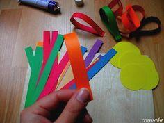 Prace plastyczne - Kolorowe kredki: Girlanda z kwiatów