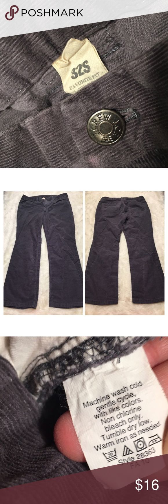 """J. CREW Corduroy Favorite Fit Botcut Pants Grey stretch vintage bootcut cords. 32s Size 32 Short. Good used condition. Discoloration near the back pocket as pictured. Make me an offer - price negotiable!  Rise- 9"""", Leg Opening- 9"""", Inseam- 28.5"""", Waist-18"""" J. Crew Pants Boot Cut & Flare"""
