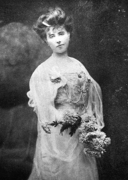 Martedì 21 maggio alle 18: Elisabeth von Arnim, LA CONQUISTA DELLA SOLITUDINE... E ALCUNE CARE AMICHE