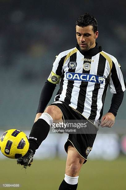 Antonio Di Natale of Udinese Calcio in action during the Serie A match between Udinese Calcio and UC Sampdoria at Stadio Friuli on February 5 2011 in...