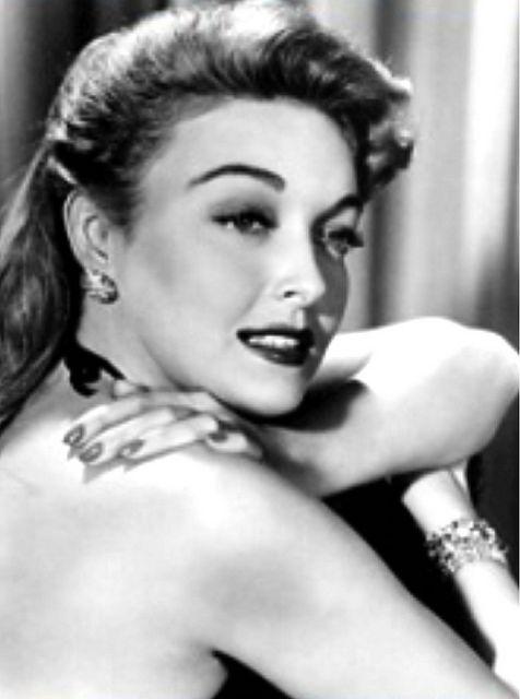 Tara Starlet 1940s 40s Style: KAREN BOOTH 1940's Actress