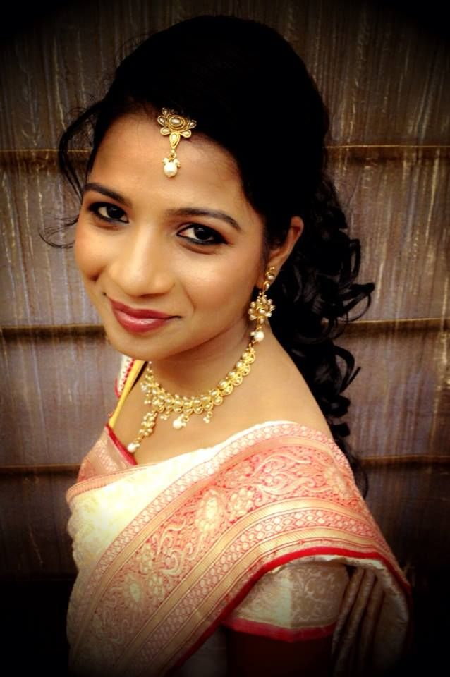Indian christian bride | bridal makeup and saree | Bridal ...