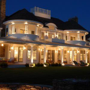 New England Classic Exterior