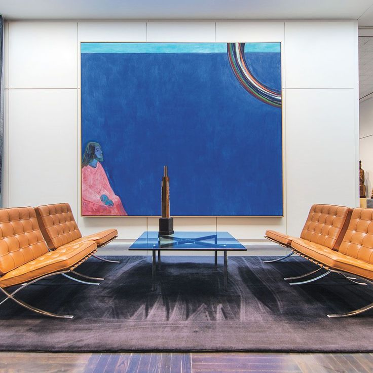 [repost] Peter Doig, Purple Jesus (Black Rainbow), 2006. Collection of The Arts Club of Chicago. . Modern elegance in this reception area pairs a blue broadside with the complementary colors of the iconic Barcelona chairs by Mies. (photographer Eric Allix Rogers)⠀ ⠀ #interiordesignmag #interior #interiors #interiordecor #interiordesign #interiorstyling #classyinteriors #canvas #art #artwork #luxuryinteriors #instadecor #architecture #chicago #USA #interior4all #statementpieces #foyer…