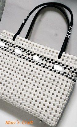 クラフトバンドで作成した四つ畳編みバッグ(紙製)