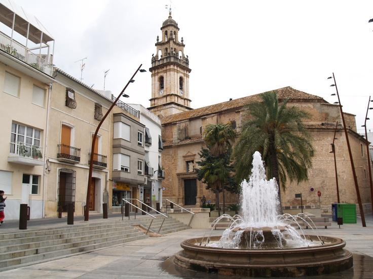 Iglesia de la Asunción: Construida en el s. XVI-XVII. La torre campanario es de 1700. En su interior guarda el Retablo de la Esperanza (s. XV, de estilo gótico internacional), la doble Verónica (s. XV) y el Cristo de la Sacristía (s. XVI).