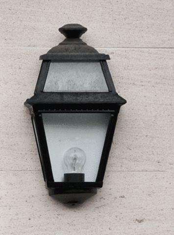 Flush Half Wall Lantern - Roger Pradier PV3