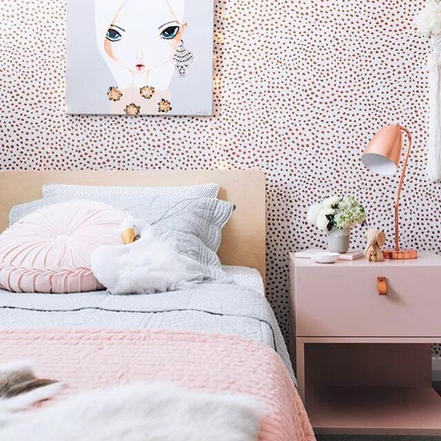 Have you grabbed your copy of @mintymagazine yet? Tarina's @oh.eight.oh.nine gorgeous pics of my grandkids rooms are worth taking a look at.  #interiors #interiordecor #interiordecorating #interiorstyling #bedroom #bedroomdecor #bedroominspo #kidsrooms #kidsbedroom #childrensroom #childsroom #childsbedroom #decor #decorating #styling #pink #cute #home #homelove #homedecor #homedecorating #homestyling #mintymagazine