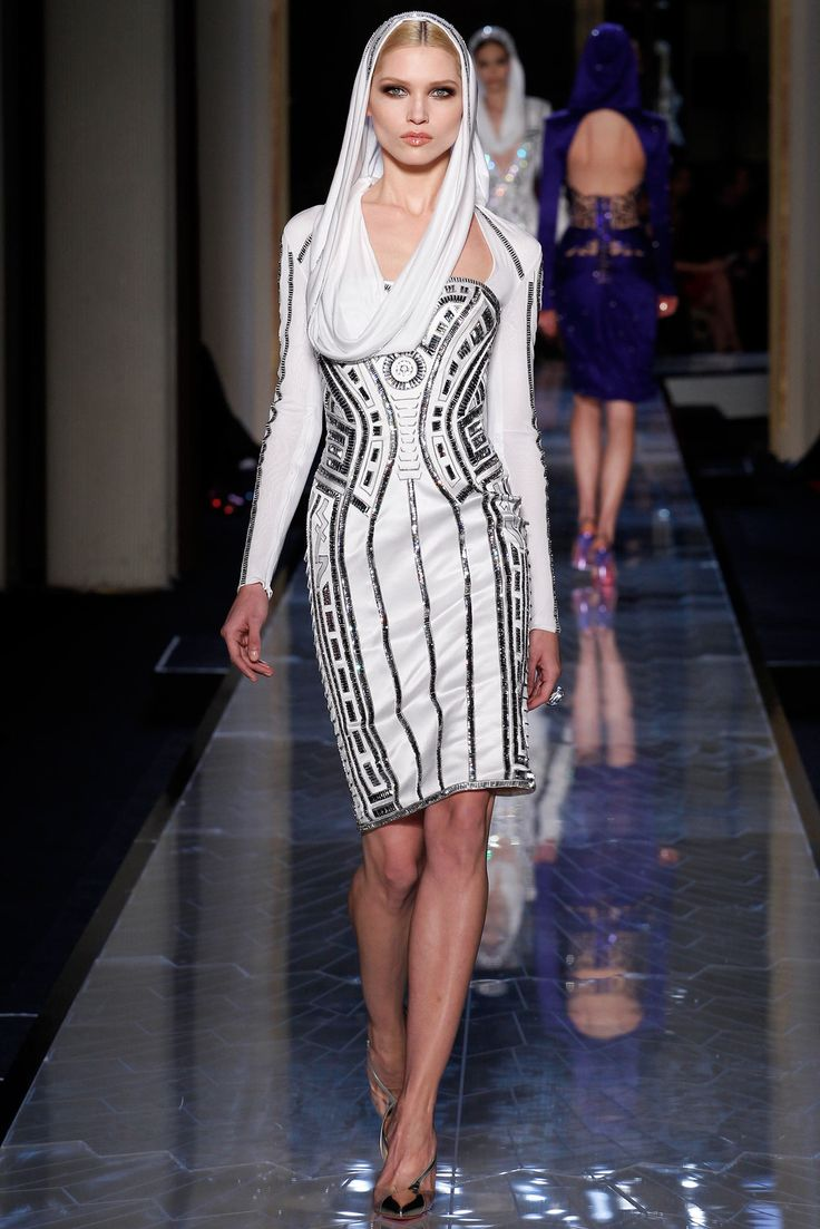 jordan retros 7 Atelier Versace Spring 2014 Couture Collection Photos   Vogue