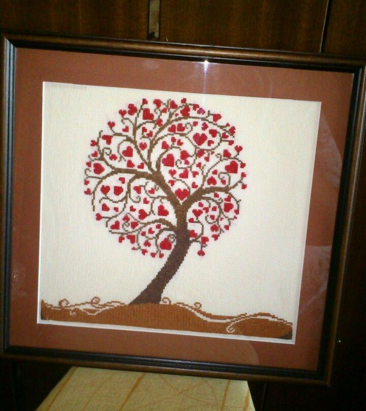 Křížková výšivka - obrázek - srdíčkový strom