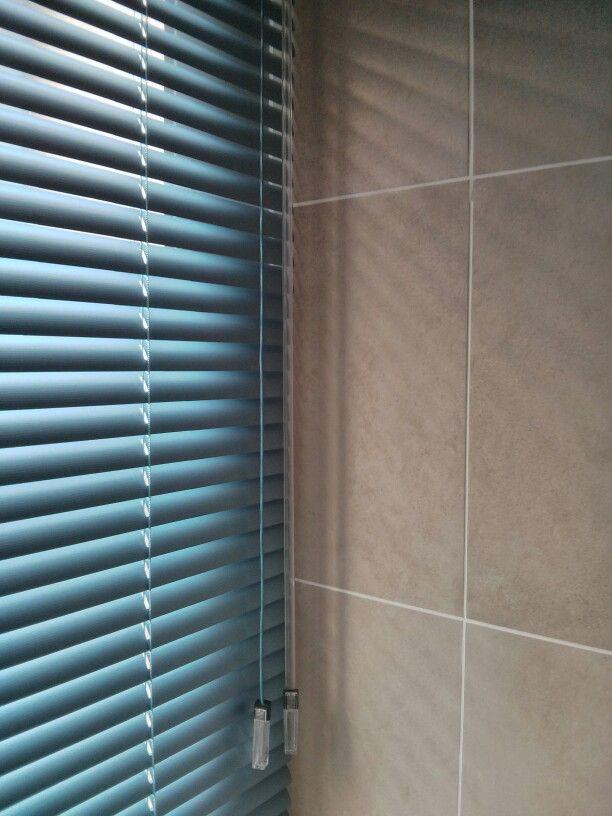 Luxaflex 25mm metal venetian blinds. 8072 blue linen.