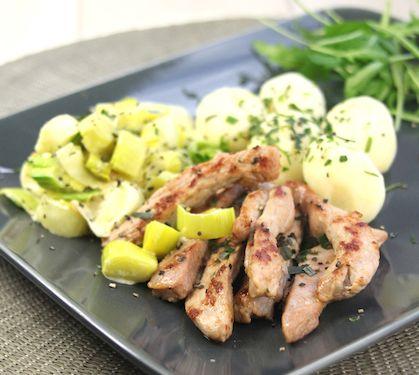 Recette Blancs de dinde aux poireaux et pommes de terre (difficulté Très facile) . Découvrez comment préparer votre Plat principal sur EnvieDeBienManger.fr