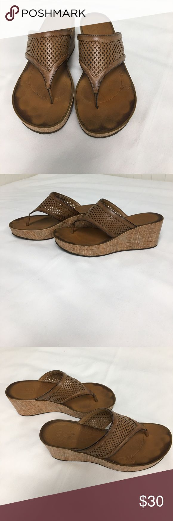 Clarks Tan Leather Wedge Sandal, 8.5 Clarks Tan Leather Wedge Sandal, size 8.5. Rarely worn in excellent condition. Clarks Shoes Sandals