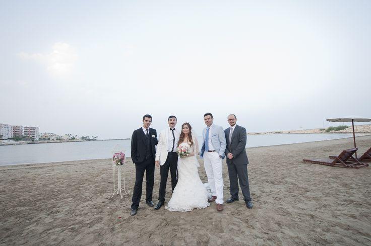 Düğün fotoğrafları, dantel gelinlik modelleri, nostaljik duvak modelleri, damat, gelin ve sağdıçlar, alley girl wedding