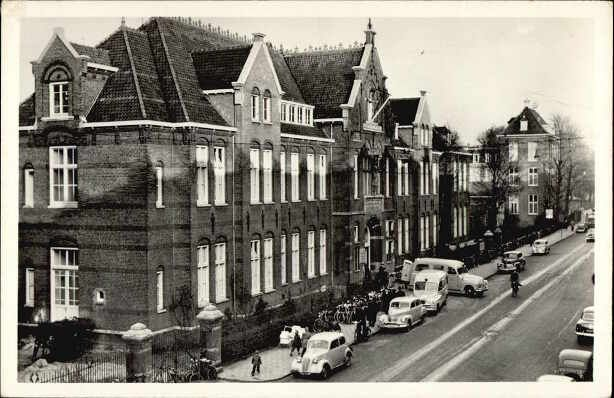 1950's. View on the front of the now demolished old main building of the OLV Gasthuis in de Eerste Oosterparkstraat in Amsterdam. Photo Marielhof. #amsterdam #1950 #Marielhof