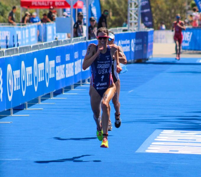 Another great read from Brett - Facebook Twitter Gwen Jorgensen in action at WTS Gold Coast. Two weeks ago Helen Jenkins put in a terrific all-round performance to take the win at WTS Gold Coast. The victory breaking an outstanding two year winning streak of Gwen Jorgensen. As soon as Jenkins crossed the finishing tape I was receiving emails: Is this …