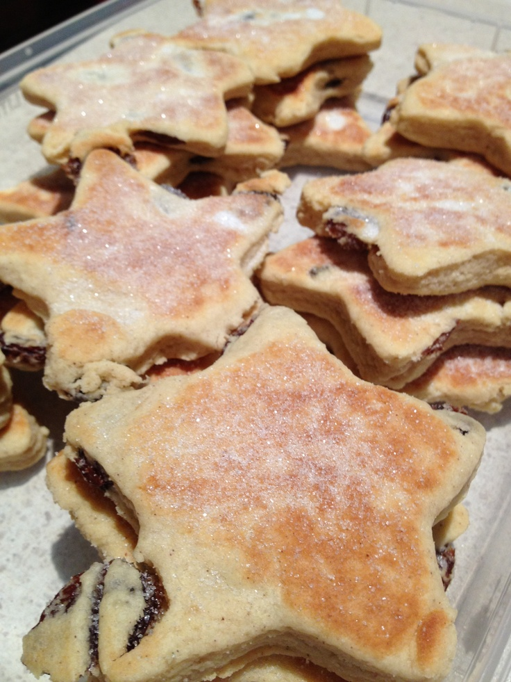 Welsh cakes (Jamie Oliver's recipe) - Christmas 2012