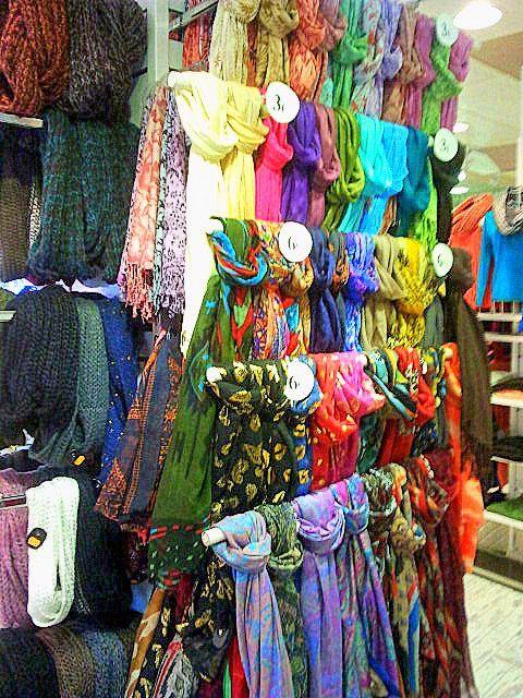 Pañuelos de estampados y colorido