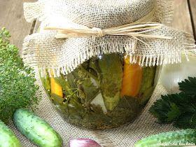 Ogórki są bardzo smaczne i chrupiące, dodatek warzyw sprawia że ogórki mają fajny smak i aromat.            Składniki:    4-5 kilogramów o...