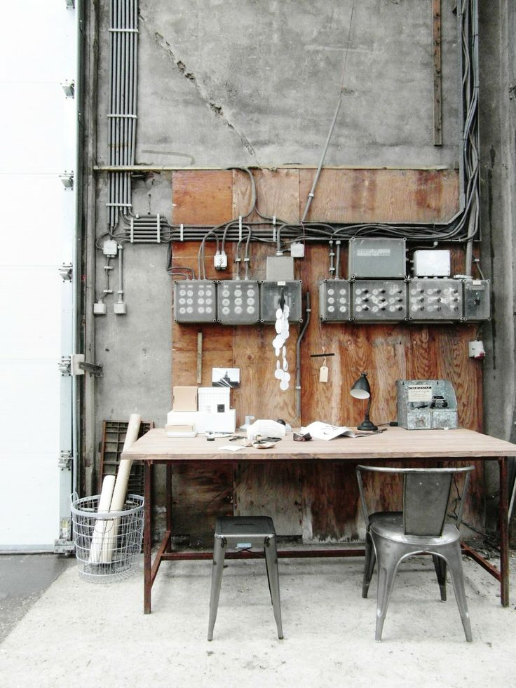 67 best images about industrial style on pinterest tv shelving industrial and furniture. Black Bedroom Furniture Sets. Home Design Ideas