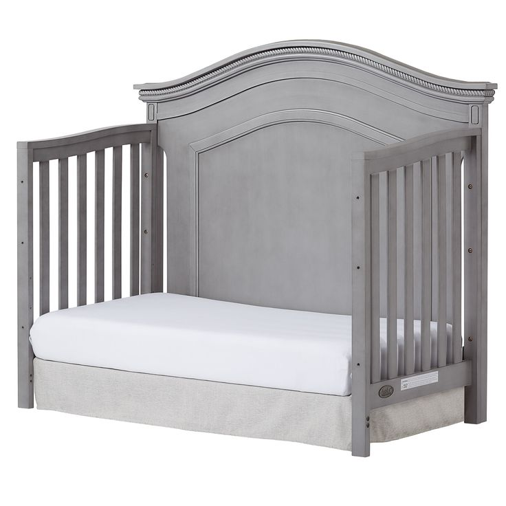 Adora Curve Top Crib