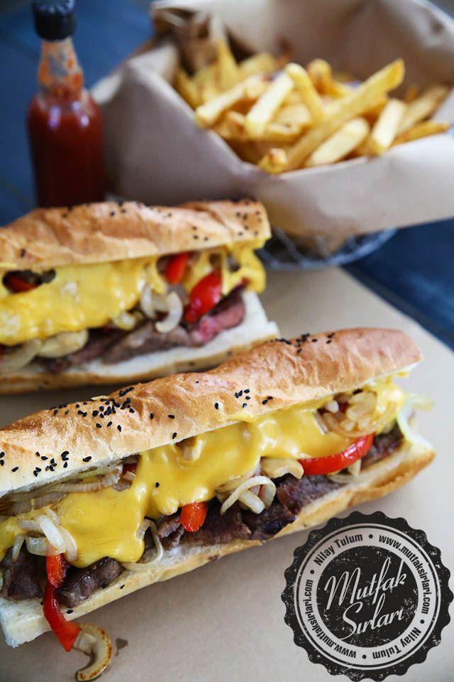 Peynir Soslu Biftekli Sandviç nasıl yapılır ?  Tarifin püf noktaları, binlerce yemek tarifi ve daha fazlası...