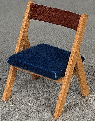 Stolar och pallar - chairs and stools - Dockskåp och dockhus