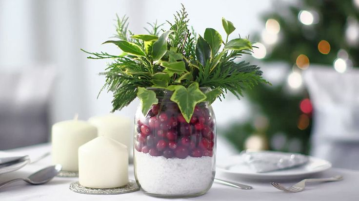 847 best christmas images on pinterest christmas recipes for Petites compositions florales pour table