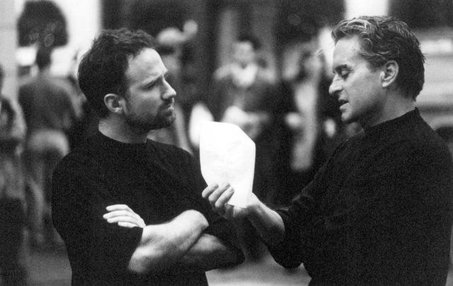 director David Fincher with Michael Douglas during filming of THE GAME