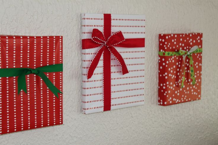Easy And Crafty Way To Decorate For Christmas....wrap The
