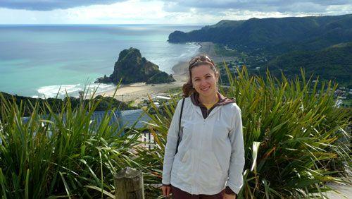 Emigrare în stil moldovenesc: Chișinău-Auckland, paradisul e în Noua Zeelandă http://www.viza.md/content/emigrare-%C3%AEn-stil-moldovenesc-chi%C8%99in%C4%83u-auckland-paradisul-e-%C3%AEn-noua-zeeland%C4%83#