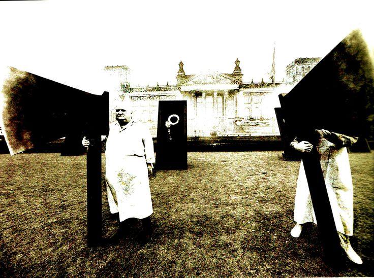 NI FILOSOFÍA, NI CULTURA: MUERTE DEL PENSAR Y MANIFIESTO ANTI-ARTE Por ADOLFO VÁSQUEZ ROCCA D. PhilNI FILOSOFÍA, NI CULTURA: MUERTE DEL PENSAR Y MANIFIESTO ANTI-ARTE Por ADOLFO VÁSQUEZ ROCCA D. Philhttp://www.atinachile.cl/filosofia-y-arte-contemporaneo-muerte-del-pensar-y-manifiesto-contra-cultural-adolfo-vasquez-rocca
