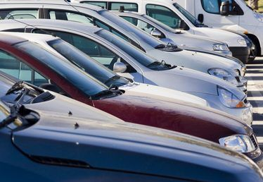 How to Find the Blue Book Value on a Car
