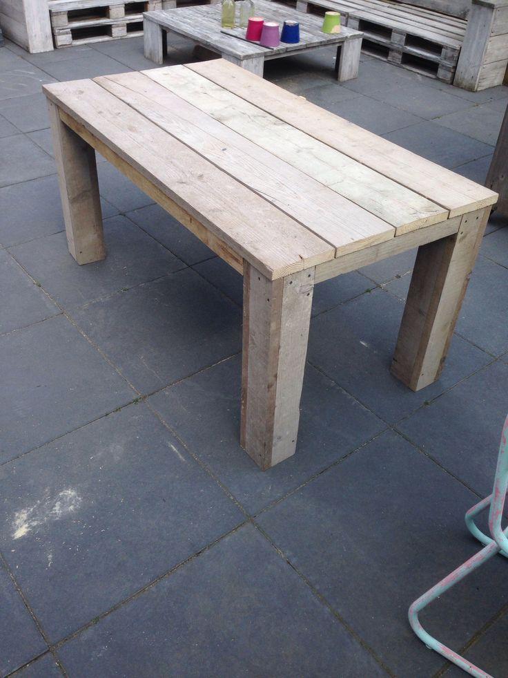 Steigerhout meubels zelf gemaakt met een bouwpakket xsteigerhout