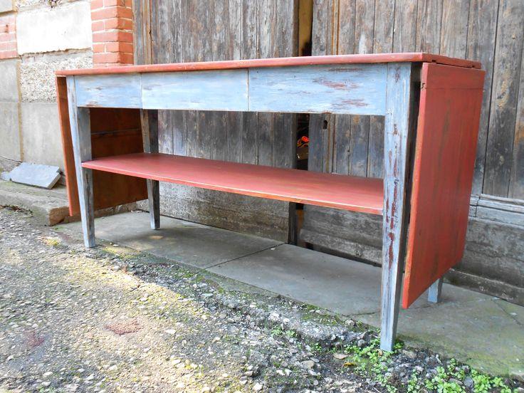 tavolo grigio ruggine