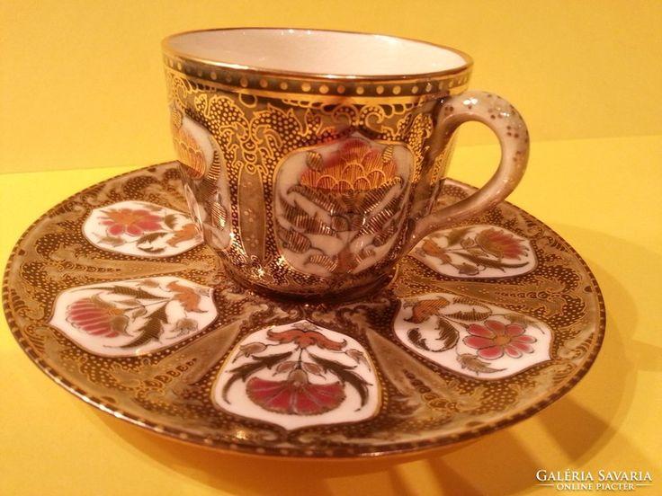 Zsolnay csésze aljjal az 1880-as évekből