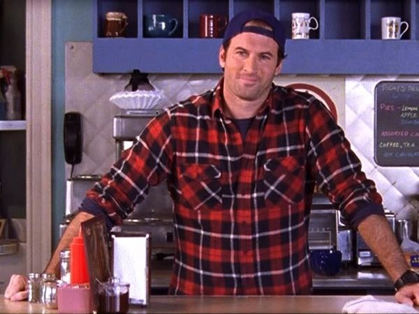 Scott Patterson Applauds the Opening of Luke's Diner (GilmoreNews 1/30/16)