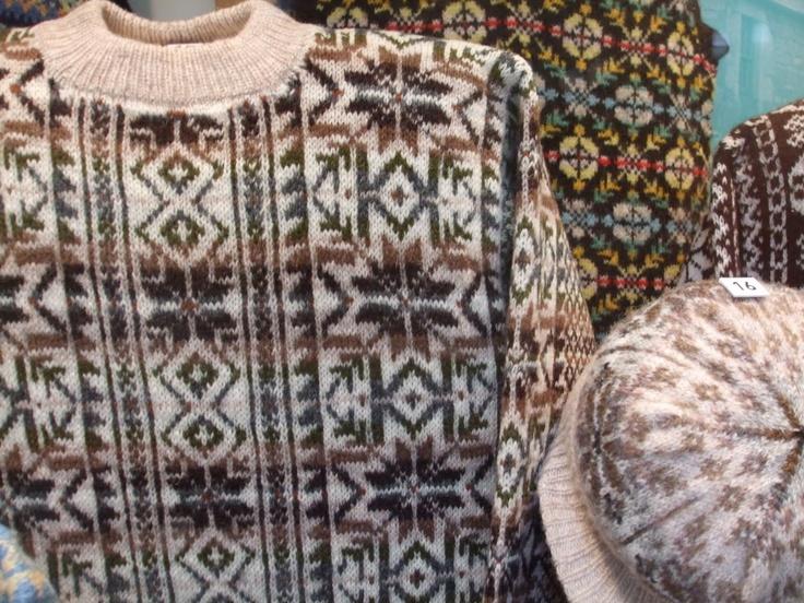 12 best Fairisle patterns images on Pinterest | Fair isle knitting ...