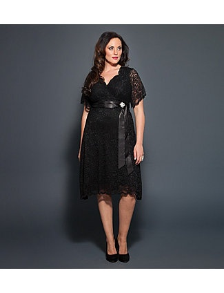 For this lace confection of a frock, we channeled the forties for romantic inspiration of a time past. Reminiscent of an old Hollywood heroine, this dress embodies the retro styling of a swingy skirt and removable satin sash. A vintage-inspired brooch adds just a hint of sparkle. Blending classic and contemporary times, this stretch scalloped lace gently skims over your curves for a delightfully comfortable fit. A surplice neckline and just-the-right-length sleeves gives it just the easy…