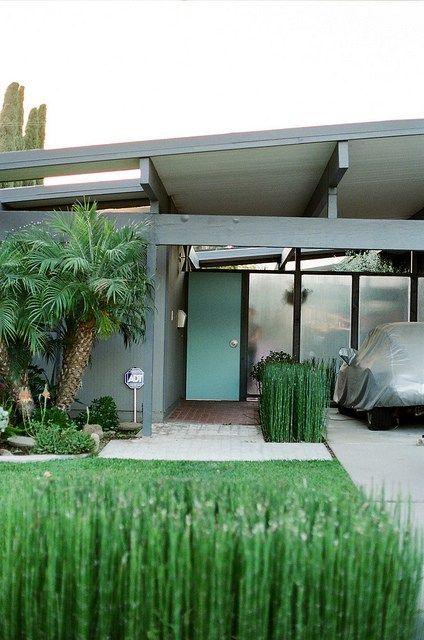 Eichler homes - Orange California. Mid Century Modern architecture at it's finest