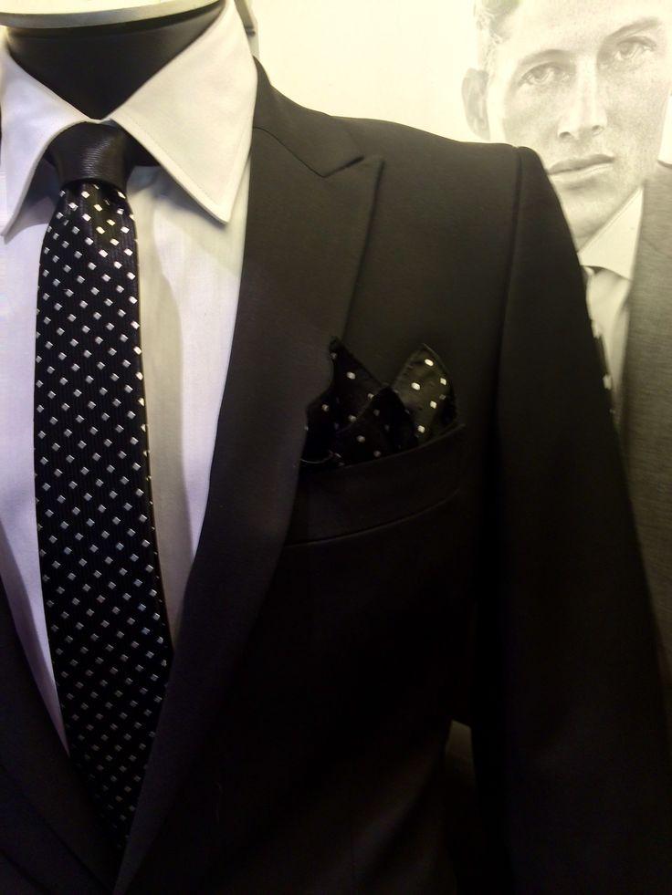 Corbata y pañuelo. La combinación perfecta